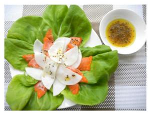 サーモンと蕪のサラダ